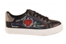 Juodi suvarstomi reklaminiai su inkrustuota širdele šone Vices moteriški laisvalaikio batai