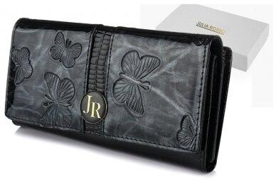 Juoda lakuota J.Rosso moteriška piniginė papuošta drugelių reljefiniu piešiniu 9601