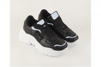 Juodi suvarstomi baltu storu padu moteriški sportiniai batai 3