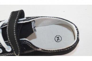 Juodi suvarstyti balta gumyte užsegami lipuku tekstiliniai sportiniai  bateliai 3