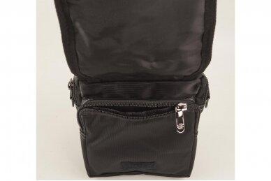 Nedidelė juoda pluoštinė vyriška rankinė per petį 7066 3