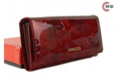 Tamsiai raudona odinė lakuota pagražinta drugeliais Angela Moretti moteriška piniginė su RFID apsauga 512r